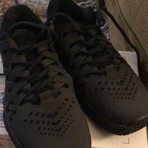 Nike men's Fngertrap size 8..black